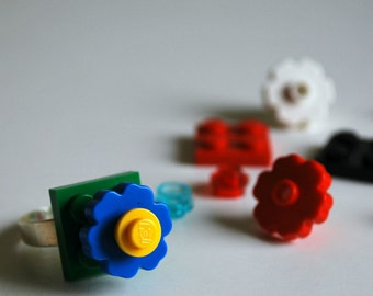 Play Day Lego Ring in Green: Build Your Own LEGO Jewelry