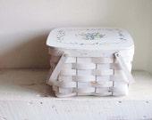 Vintage White Floral Design Woven Pie Basket