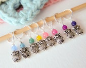 8 Owl Stitch Markers - Day and Night Owls