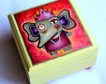 Small Jewelry Box, Elephant Art Wood Box, Indian Animal OOAK Decoupaged Wooden Ring Earring Box, King Elephant Art Print, Pink Red Green