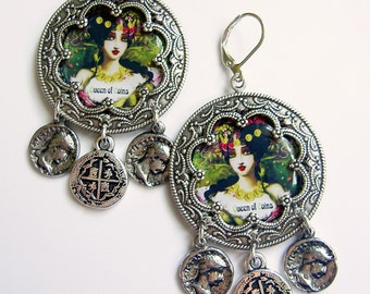 Queen of Coins - Pentacles Tarot Earrings Silver tone - Gypsy Earrings - Gypsy Coin Earrings - Boho Earrings - Festival Jewelry