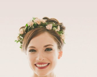 Floral hair wreath, Woodland flower crown, Bridal head wreath, Natural woodland headpiece, Boho wedding, Pink hair crown, leaf circlet