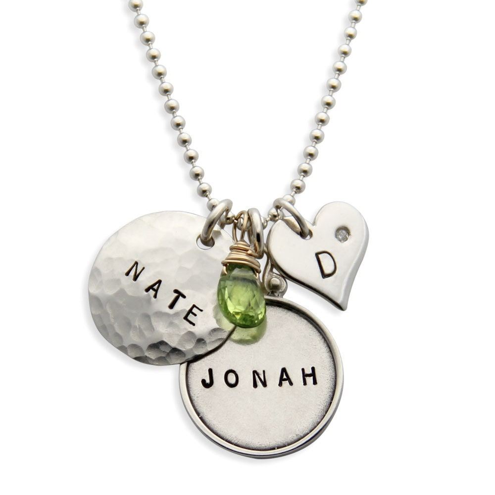 mothers necklace sterling silver personalized name pendants. Black Bedroom Furniture Sets. Home Design Ideas
