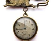 Vintage Clock Hare Pin Brooch (ER06)