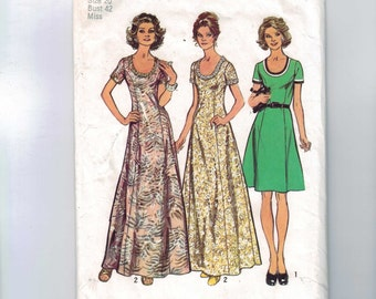 1970s Vintage Sewing Pattern Simplicity 5967 Misses Scoop Neck Princess Seam Dress Size 20 Bust 42 1973 70s  99