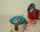 Red White Enamelware Valentine Pincushion Turquoise Sewing Room Decor