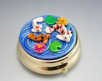Koi Pond Pill Box in Polymer Clay Filigree (Gold Plated)