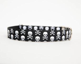 Halloween Dog Collar - Skull and Bones