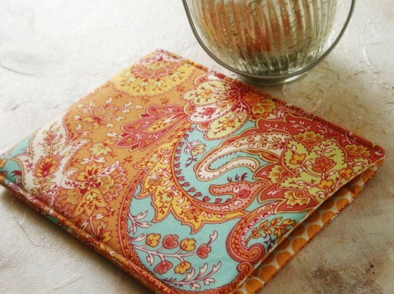 13 inch macbook sleeve, 11 inch macbook case, laptop cases and covers, computer sleeves, in Mango Paisley
