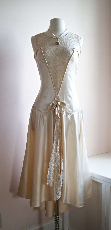 RESERVED//1920s Wedding Dress // Vintage 20s Lace Flapper