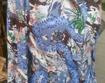Ready to ship Hawaiian leis 1940s style rayon long sleeve blouse with NOS 40s buttons size SMALL
