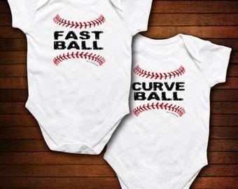 TWINS - Basedball - Curve Ball/Fast Ball - Funny Baby Gift