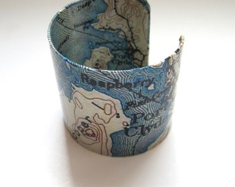 """Vintage Port Clyde  Maine  resin cuff bracelet - 2""""- gift boxed"""