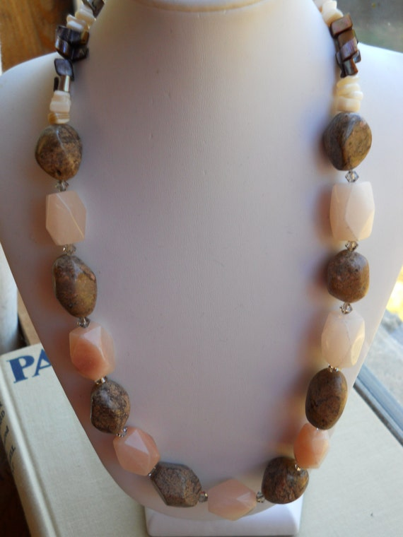 """Chunky necklace natural stones earth tones fall colors simple necklace 18"""" choker necklace brown peach quartz Bold affordable Jewelry"""