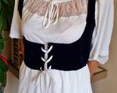 Wench vest, Underbust corset Top, Blue velvet Dirndl, trachten, Under bust vest, Lace up Top