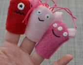 Valentine Monster Finger Puppets 3-pack (Pink & Red)