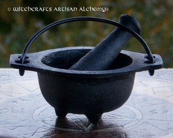 BLACK CAULDRON Cast Iron Mortar & Pestle - Crafting Herb Spice Incense Grinding Preparation Tool, Kitchen Witchery, Witchcraft