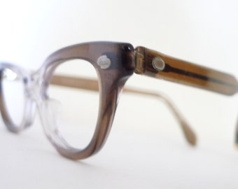 Vintage 60s NOS Wayfarer Cat Eye Frame SmALL Clear Eyeglasses /Designer Eyewear