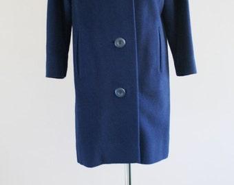 Vintage Wool Coat // 1960s Winter Coat //Blue Coat with Gray Mink Collar // Wool Coat //  Warm Winter Coat // 44 Bust