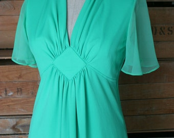 1970s Vintage Dress -  Green Midi Dress with Rouched Bodice and Chiffon Flutter Sleeve - 1970's Vintage Dress - 34 Bust