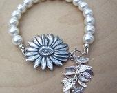 Lustrous Freshwater White AA 6MM Pearl Sunflower Bracelet
