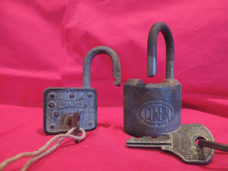 vintage pad lock padlock with key master corbin steampunk. Black Bedroom Furniture Sets. Home Design Ideas