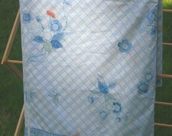 Blue Lattice sheet, DOUBLE Wamsutta floral accents FLAT