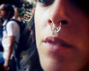 Savitri Silver Septum with an Indian style inspiration, Septum piercing, Indian nose ring, Tribal septum, Septum jewelry, Septum piercing