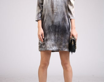 ArtAffect Shift Dress with Three Quarter Sleeves - Light Gray