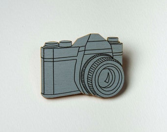 Vintage Camera Brooch SLR Pin for Photographers