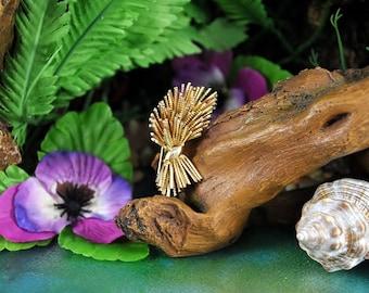 Grosse 1958 Sheaf Brooch // Modernist Goldtone Stalk Bundle // Vintage Designer Signed Pin