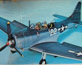 Model Airplane Douglas SBD Dauntless 1/48 scale kit Monogram WWII USN Dive Bomber aircraft carrier Navy Military aviation Naval Aviator