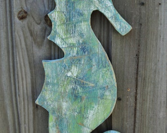 Wooden Mosaic Sea Horse, Distressed Mosaics Decor, Beach-y Patchwork Wall Hanging