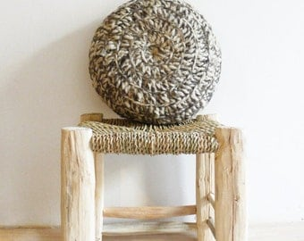 Round Pillow Crochet Wool - Natural undyed - Color Mix ecru and grey