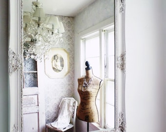 C L A S S I C, Ornate White Mirror Shabby Chic Salon French Cottage