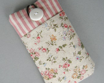 iPhone 7 plus a1 sleeve, iPhone pouch, Samsung Galaxy S3, S4, Galaxy note, ipod classic touch sleeve- Woodland flowers