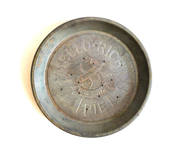 Set of 3 Vintage Rustic Mrs. Smith's Mello-Rich Pie Tins