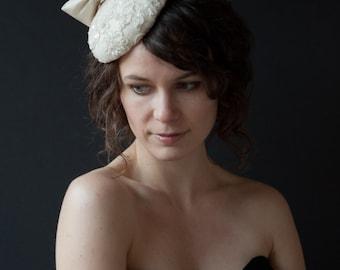SAMPLE SALE 25% OFF Ivory Bow Bridal Hat
