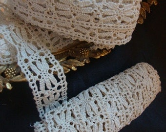 3.5 Yards of Dentelle Aux Fuseaux Antique Lace Linen Ecru Border Antique Linens Heirloom Rustic French Country 101
