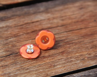 Earring studs // button earrings // orange button earrings // vintage buttons // eco gifts // orange flowers