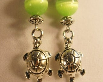 Adorable little turtle earrings with tiger eye glass beads