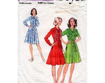 HALF PRICE 1970s Flared Shirtwaist Dress Pattern with Frilled Bodice Style 4493 Vintage Sewing Pattern Bust 32.5