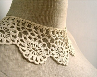 vintage french handmade lace collar