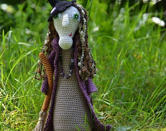 Crochet pattern - Crochet witch Ms.Lavender