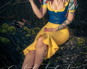 Latex Snow White Outfit