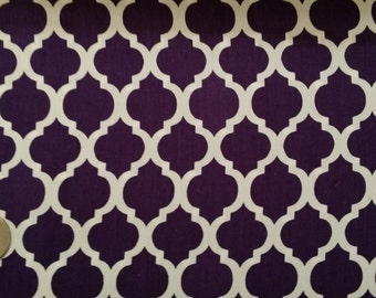 Grape and White 1419 Quatrefoil Fabric Finders 60W 100% Cotton 1 yd also know as Moroccan Trellis or  Lattice FFMTQ