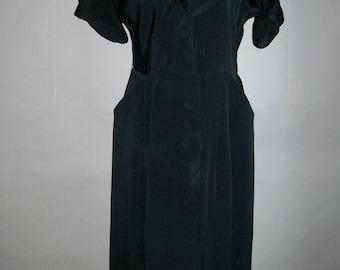 Vintage 1940s Black Crepe Dress // Button Front // Pockets // Cuffs // Side Metal Zipper
