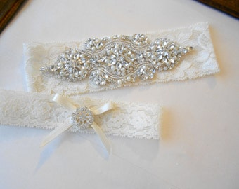 Wedding Garter Set WHITE Floral Stretch Bridal Garter Set With Classic Pearls and  Rhinestones Bridal Garter Set.