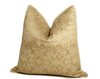 "18"" Digital Pearls Pillow"