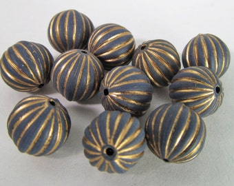 30 Vintage 10mm Gold and Navy Matte Carved Lucite Beads Bd1489